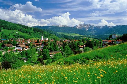 Oberstaufen Sommerpanorama klein