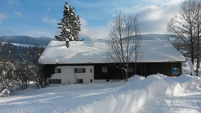 Winter Stadel außen